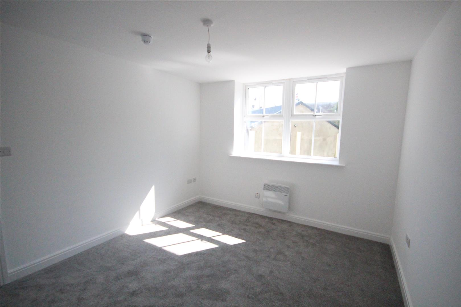 1 bedroom apartment To Let in Earby - IMG_7552.jpg